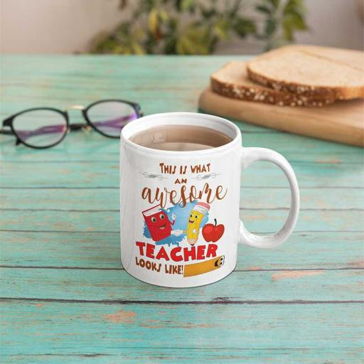 Personalised This is what an Awesome Teacher Looks Like Mug - Add Name/Text
