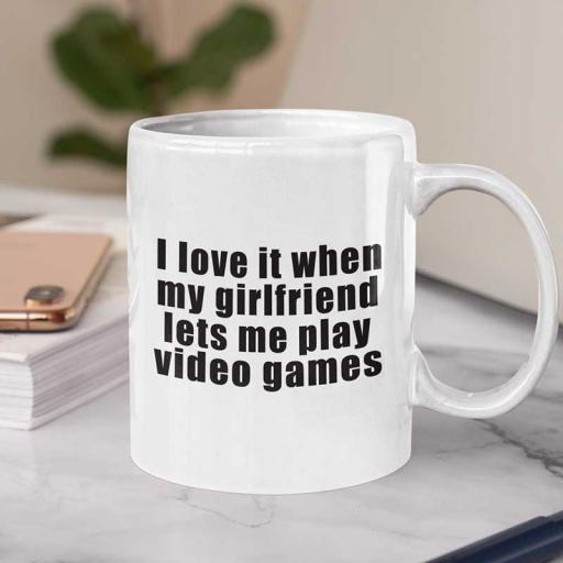I-love-it-when-my-girlfriend-Personalsied.jpg